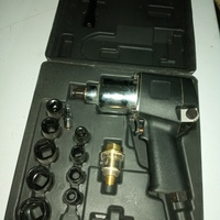 1/2 Inch Air Gun and Sockets Set
