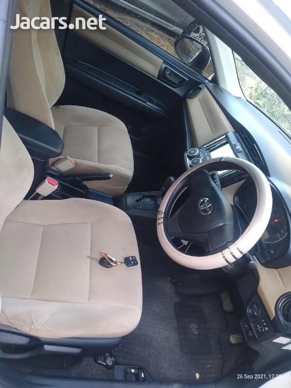 Toyota Axio 1,5L 2013-11