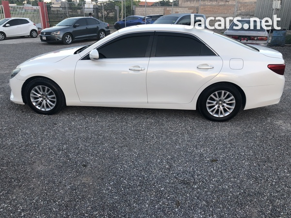 Toyota Mark X 2,5L 2013-5