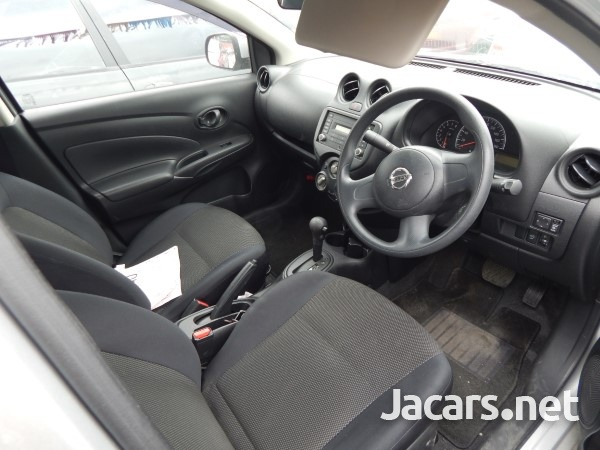 Nissan Latio 1,5L 2013-6