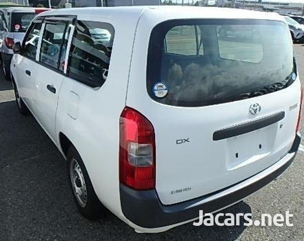 Toyota Probox 1,4L 2014-4