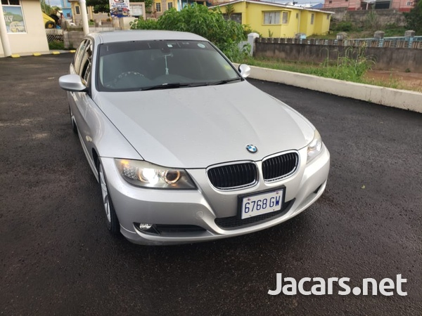 BMW 3-Series 1,8L 2011-1