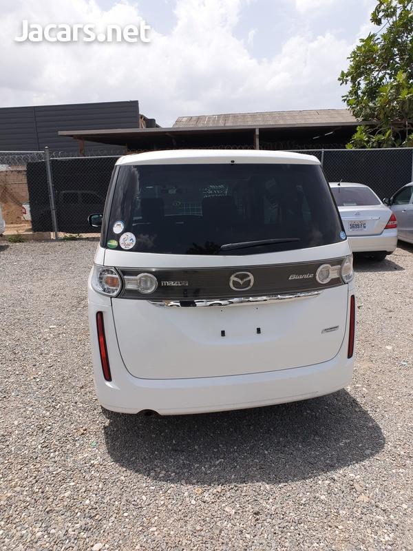 Mazda Biante 2,0L 2014-3
