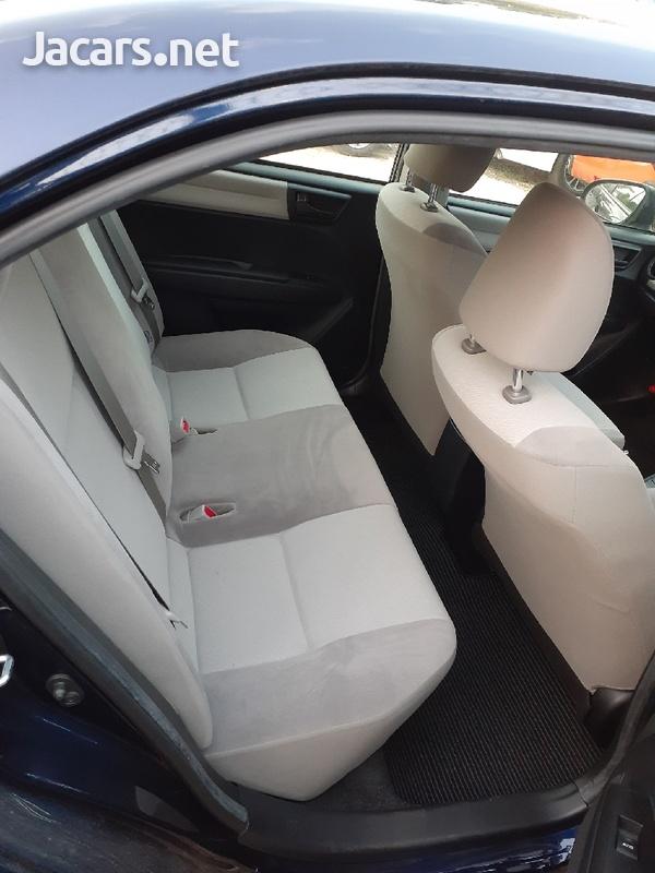 Toyota Axio 1,4L 2015-6
