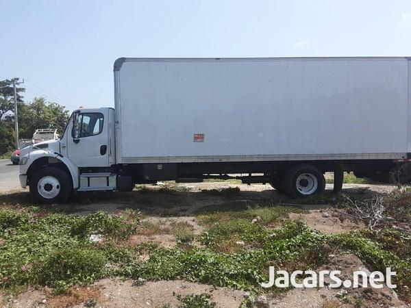 2014 Freightliner 12 tonne box Truck-5