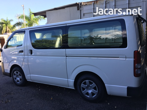 Toyota Hiace Bus 2,0L 2011-2