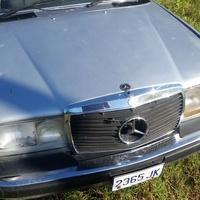 Mercedes-Benz E-Class 6,0L 1985