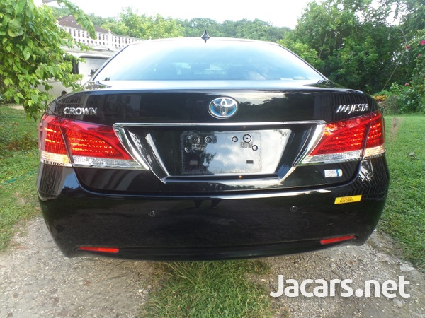 Toyota Crown 3,5L 2015-7