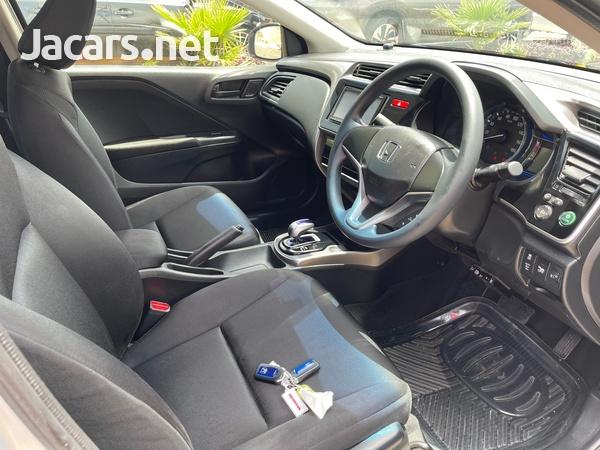 Honda Grace 1,4L 2015-7