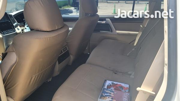 Toyota Land Cruiser 4,4L 2018-3