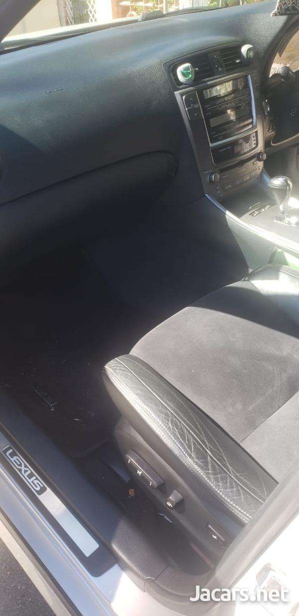 Lexus IS 1,6L 2010-4