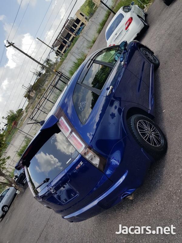 Honda Stream 2,0L 2012-5