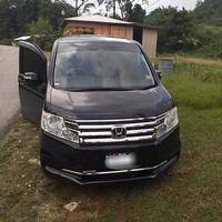 Honda Stepwgn 2,0L 2014