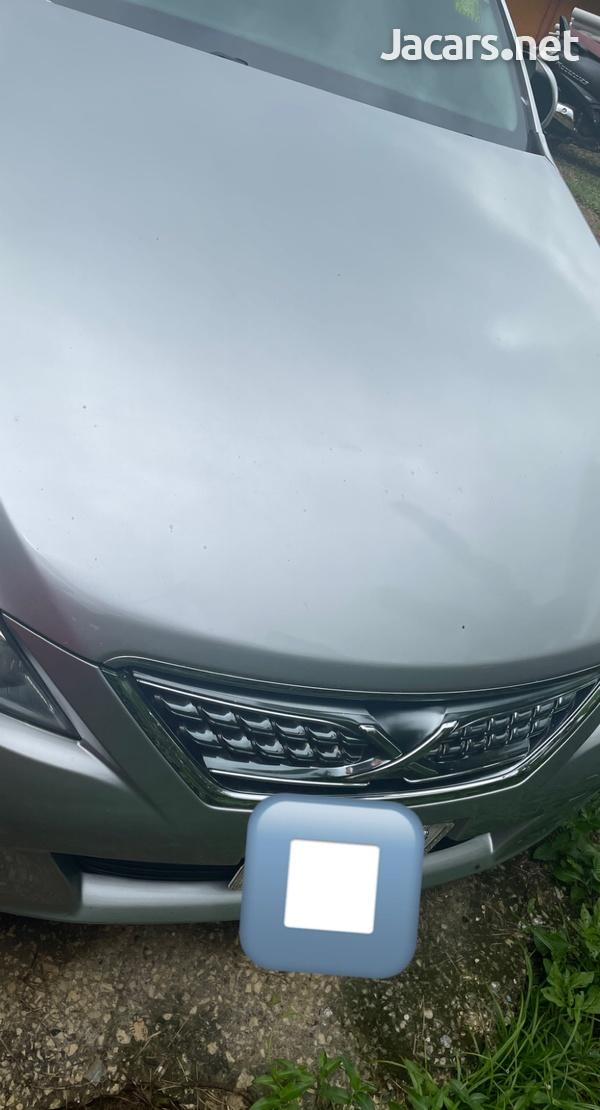 Toyota Mark X 2,5L 2011-1