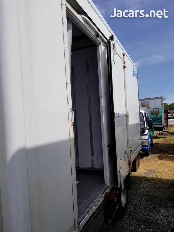 2014 Isuzu Elf Truck-6