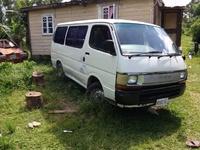 1992 hiace bus