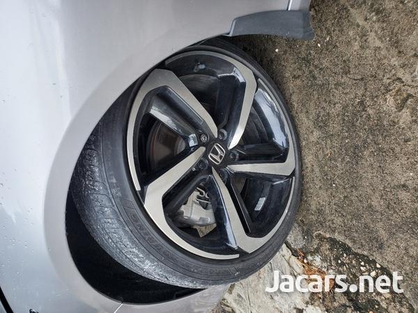 Honda Accord 1,8L 2018-5