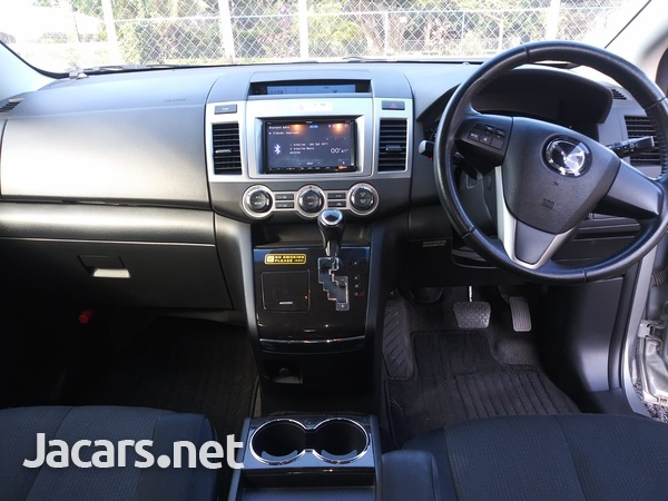 Mazda MPV 2,0L 2013-5