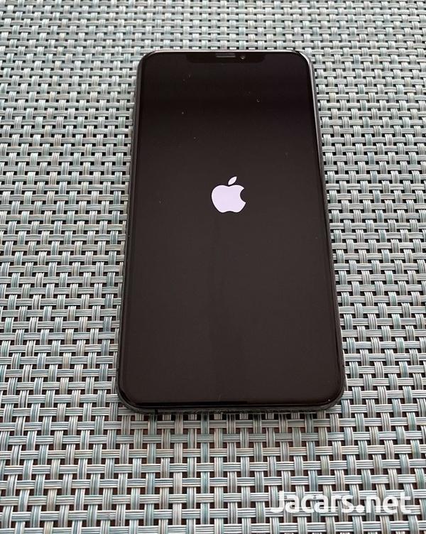 iPhone Xs 64GB-2