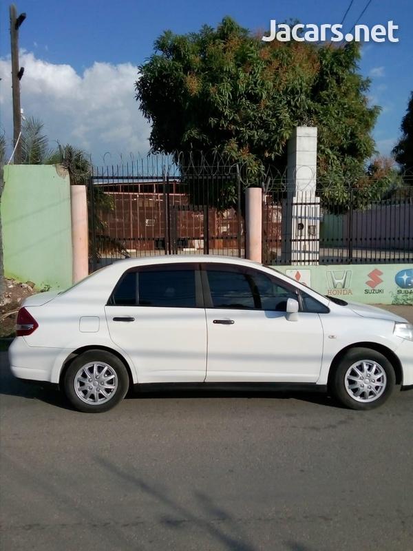 Nissan Tiida 1,3L 2008-5