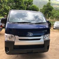 Toyota Hiace 2,4L 2014