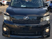 Toyota Voxy 2012 with SUNROOF