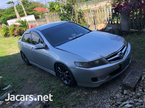 Honda Accord 2,4L 2007-1