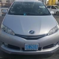 Toyota Wish 2,0L 2015