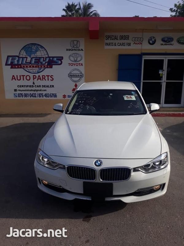 BMW 3-Series 3,0L 2015-1