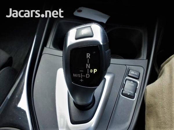 BMW 1-Series 1,6L 2015-12