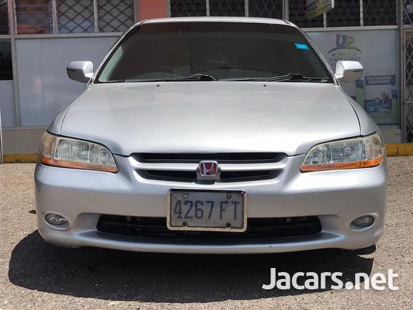 Honda Accord 2,3L 1999-4