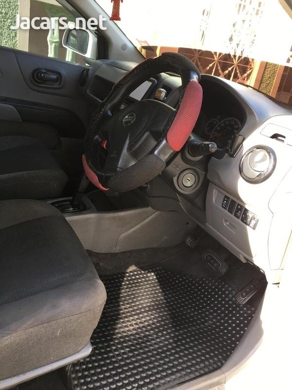 Nissan AD Wagon 2,0L 2012-4