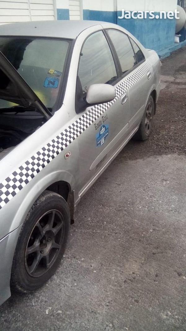 Nissan Almera 3,2L 2004-3