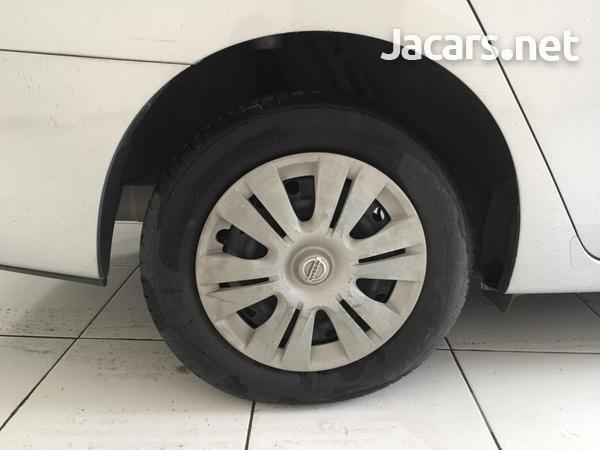 Nissan Sylphy 1,8L 2013-6