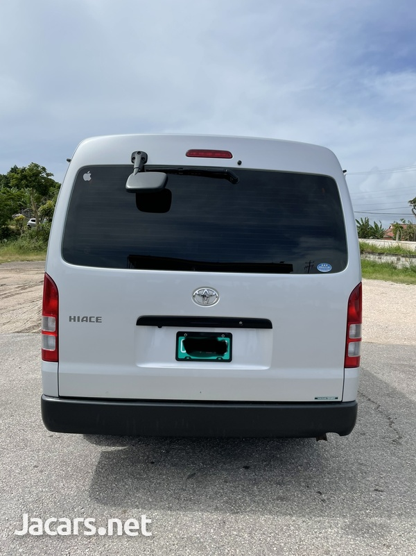Toyota Hiace 2,7L 2017-2