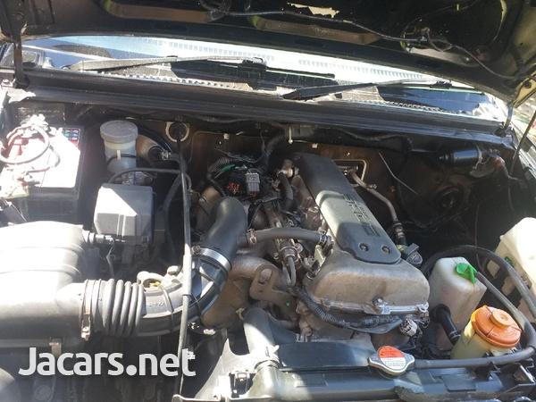 Suzuki Jimny 1,5L 2010-5