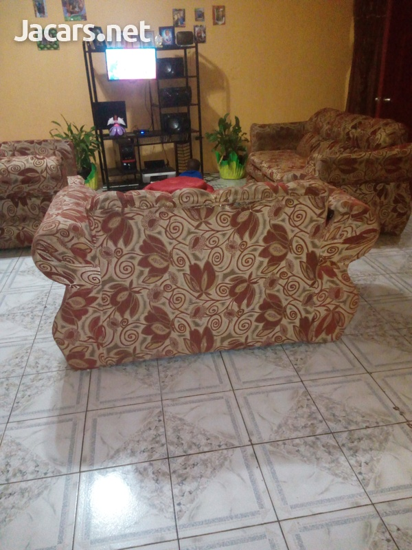comfortable settee-2