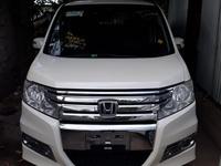 Newly imported 2011 Honda step wagon