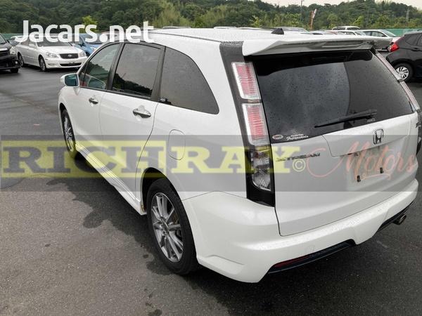 Honda Stream 2,0L 2012-3