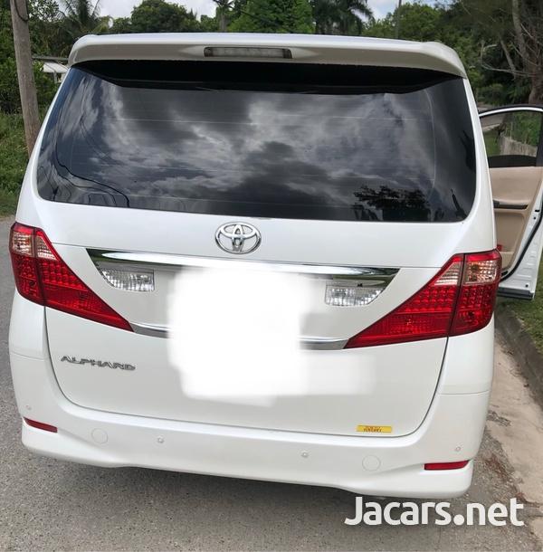 Toyota Alphard 2,4L 2011-4
