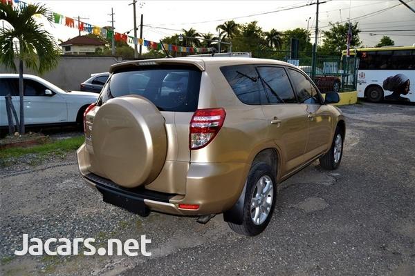 Toyota RAV4 2,1L 2011-5