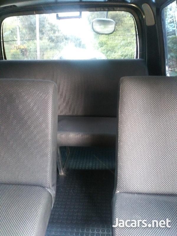 Vehicles Vans 3,0L 2004-5