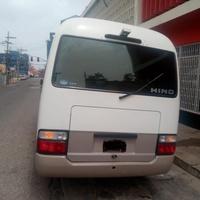 2009 Hino Bus