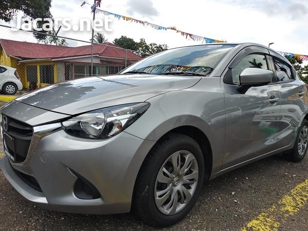 Mazda Demio 1,3L 2016-13