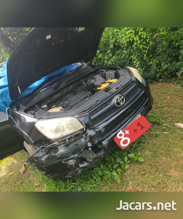 Toyota RAV4 2,4L 2013-9