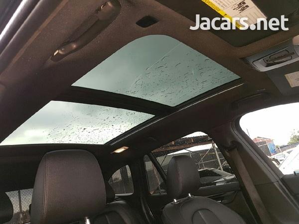 BMW X1 2,5L 2018-5