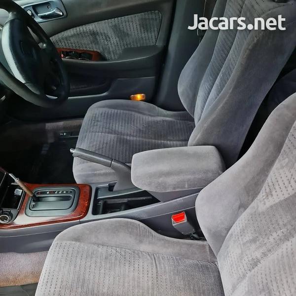 Honda Accord 2,0L 2001-8