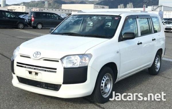 Toyota Succeed 1,3L 2015-6