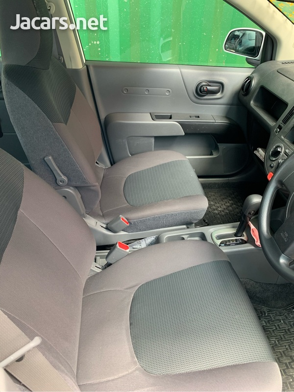 Nissan AD Wagon 1,4L 2015-8