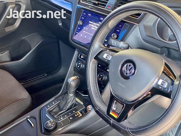Volkswagen Tiguan 2,0L 2020-11